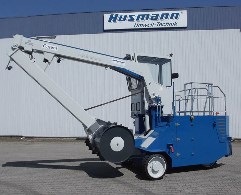 Husmann Mobile Roll Packers